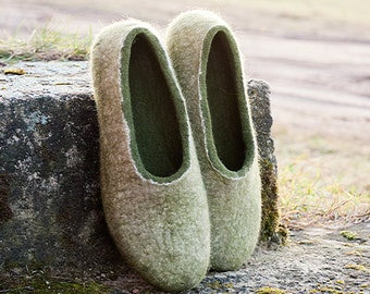 Cashmere and merino wool slippers Olive Green Gray slippers Women slippers Handmade shoes