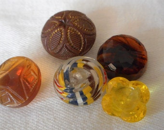 Lot of 5 VINTAGE Small Glass BUTTONS