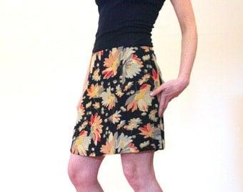 Lydia's Garden, 90s Skirt, Black Floral Rayon MINI Skirt, Rayon Crepe RETRO Skirt, Grunge Mini Skirt by Express, Size M