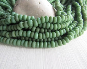 green glass beads, light lampwork bead, rondelle glass bead, disc washer Spacer, rustic gritty aged look Indonesian (10 inches strd) 6Ak2-11