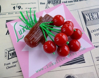 Classic Cherry log 40s 50s bakelite fakelite style novelty faux wood brooch by Luxulite