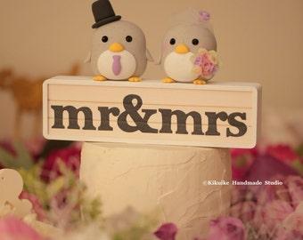 penguins bride and groom wedding cake topper (K413)