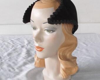 1950s Vintage Paulette Designer Hat Brown Velour Size 22 1/2 Pogue Cincinnati