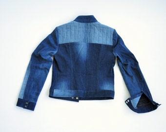 Small Distress moto jean jacket indigo wash