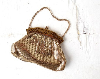 Whiting and Davis Purse / 1940s Purse / Mesh Purse / Gold Evening Bag