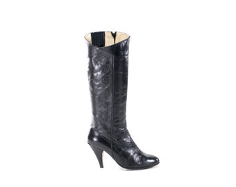 Black Leather Vintage Boots Knee High Leaf Pattern Tall Heel Fashion Boots Size 8.5