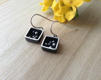 pebble box  earrings made in sterling silver, modern box dangle earrings, ready to ship