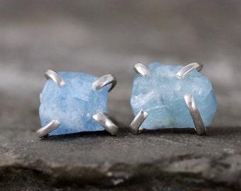 Aquamarine Stud Earrings – Raw Uncut Aquamarine Gemstone – Sterling Silver Earring – March Birthstone