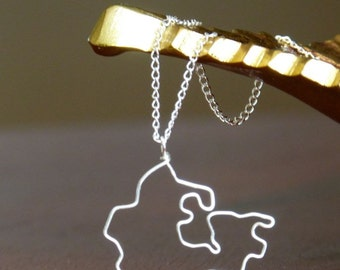 Canada Shiloutte Necklace - Pendant