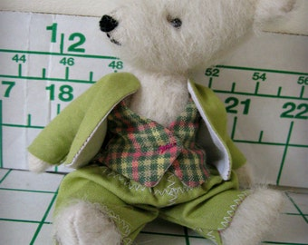"""PATTERN Outfit Pattern/Tutorial PDF for Basic Boys OUTFIT for O'Malley the 5-6"""" Miniature Mohair Bear"""