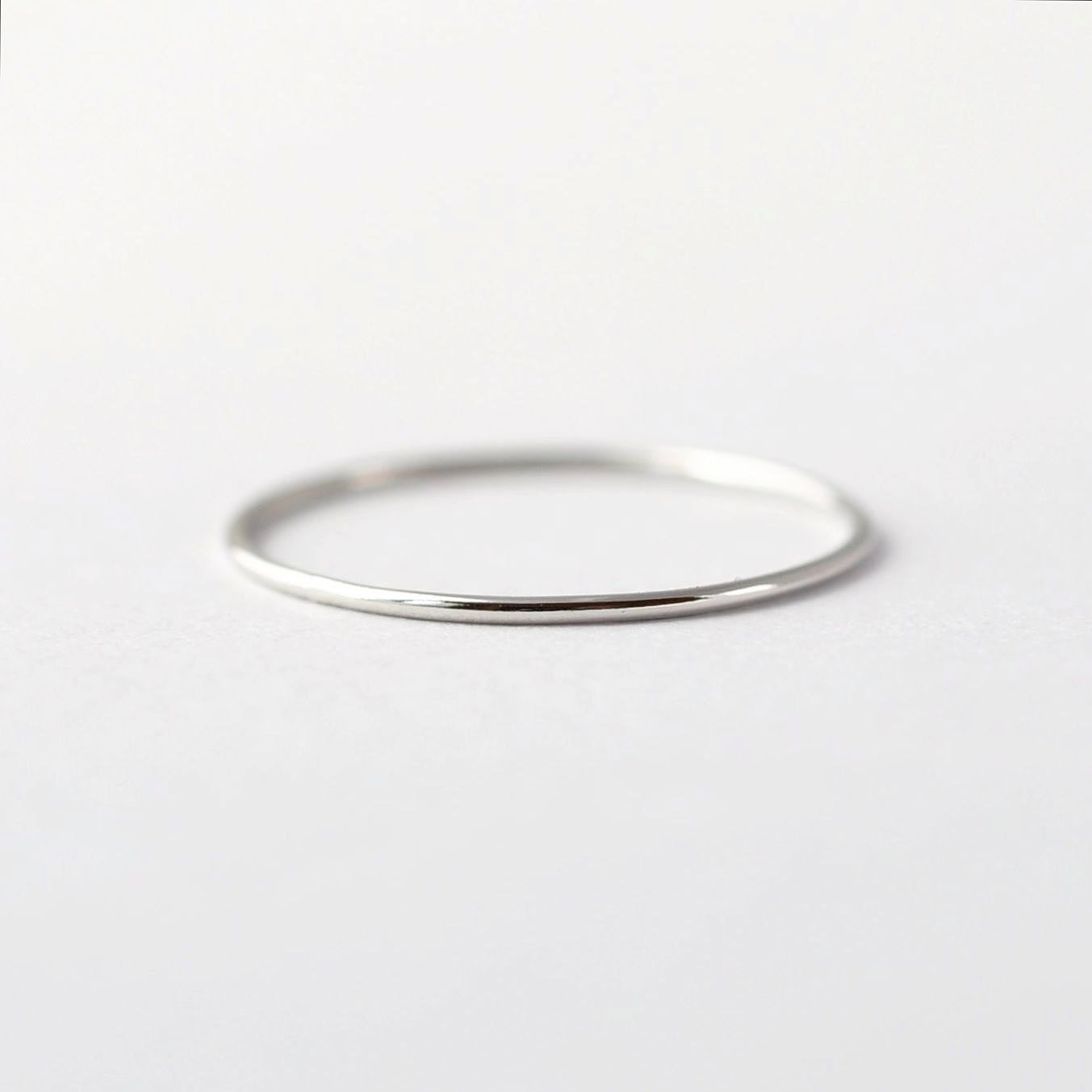 simple platinum wedding band thin pt950 ring