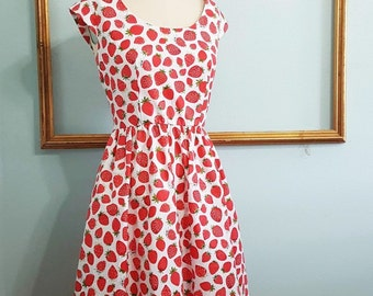 strawberry print dress - womens retro clothing