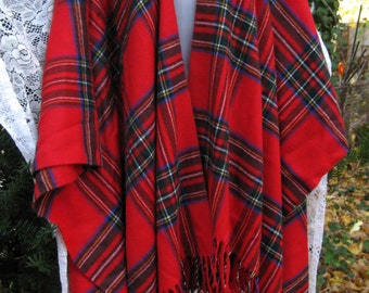 GIFT It Store Tagged ITALIAN shawl tartan cape - one size fits Many, vintage made in Italy free size tartan Like New with tag nwt to Gift