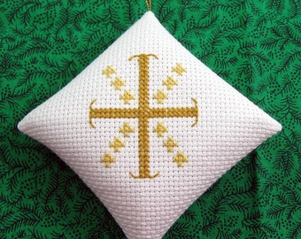 Cross of Christ and the Twelve Apostles Chrismon Christmas Ornament in Cross Stitch White and Gold