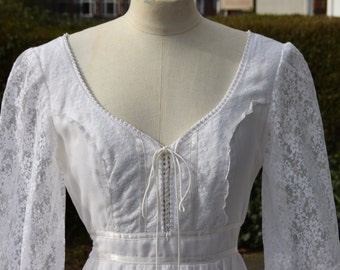 "RESERVED FOR ANN, 70's Gunne Sax Dress, Bohemian, Prairie 34"" bust 26"" waist"