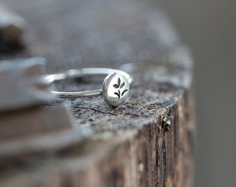 Grow Wildflower Ring - Sterling Silver Flower Stacking Ring, Garden Ring by Prairieoats