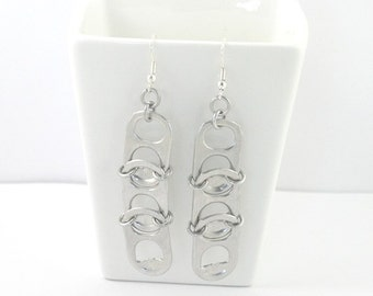 3 pop tabs and aluminium chainmaille on the side earrings, chainmaille earrings, upcycled earrings, recycled earrings