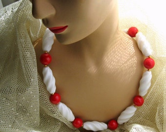 Big Necklace Red White Beads 28 Inch Vintage Costume Jewelry