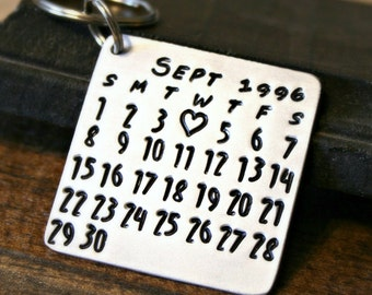 CALENDAR KEYCHAIN - Hand Stamped Aluminum Calendar - Date Highlighted with Heart - Anniversary, Wedding, Birthday, Graduation, First Date