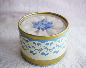 Vintage DOROTHY GRAY Dusting POWDER Lace Box Lady Nosegay Pink Blue Fabric Rosette 1940s Unused Nos Ladies Woman Women Display Art Deco 40