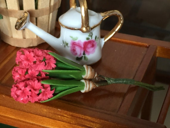 Miniature Hyacinth, Dark Pink Hyacinth Flower Bunch, Dollhouse Miniature, Dollhouse 1:12 Scale, Miniature Flowers, Dollhouse Accessory