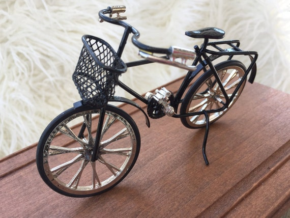 Miniature Black Bicycle, Dollhouse Miniature, 1:12 Scale, Detailed Bike With Basket, Metal, Topper, Gift, Dollhouse Accessory