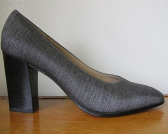 Vintage Designer Salvatore Ferragamo Slate Gray High Heel Pumps