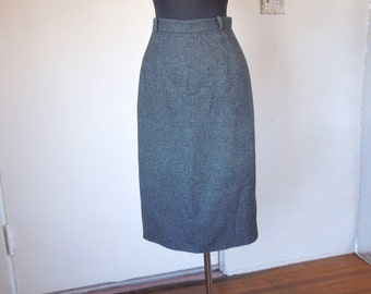 CURVY PETITE...Vintage 50's Pencil Skirt, Gray Flannel, Size XS to Small, Waist 25
