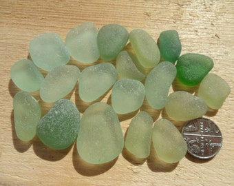 19 Pendant Pieces- Beautiful English Seaham Sea Glass - Free Shipping (4990)