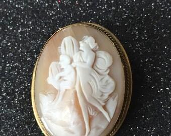 Victorian Cameo Brooch Venus and Cupid