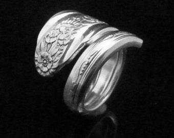 Floral Spoon Ring, Modern Rose 1949