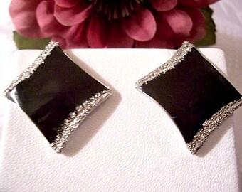 Glitter Black Diamond Pierced Earrings Silver Vintage Swirl Edges