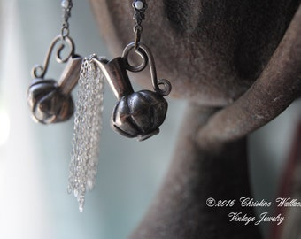 Going With The Flow--Vintage Sterling Urn Chain EARRINGS
