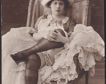 Risque Jean Agelou image of Parisian Dancer 2, Bal Tabarin, circa 1910s