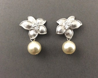 Pearl Earrings Bridal Pearl Earrings With Matte Silver Flower And Swarovski Crystal Cream Pearls