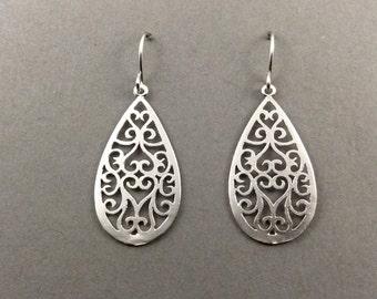 silver earrings | moroccan | silver | filigree | scrollwork | drop earrings | teardrop earrings | gifts for mom | classic | best friend