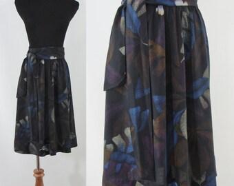 Vintage Sixties Skirt - 1960s Tropical Print Skirt - 60s Knee Length Skirt - XS Small