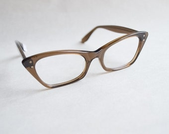 1960s Angular cateye spectacle frames / 60s cola brown eyeglasses