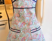 Old Fashioned 1940s Style Full Apron in Blue Paisley