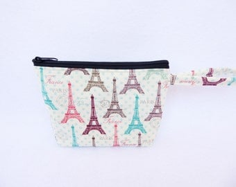 Eiffel Tower makeup bag / Paris  makeup bag  / Paris / Roses / Hand bag / Bridesmaid gift / Wristlet /France
