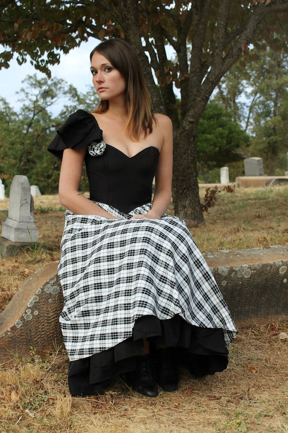 RAVEN 1980's Vintage Party Dress Black and White Plaid Princess Cut Tulle Pette Coat Formal NOS New With Gunne Sax Seventeen Magazine Tag
