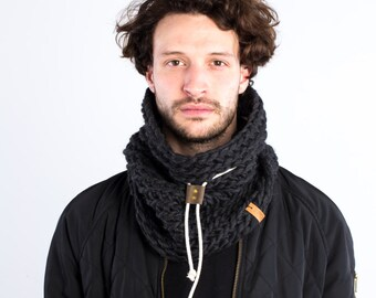 The Chunky cowl with leather slider and cotton cord (in Black Charcoal)