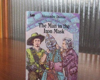 """Vintage """"The Man in the Iron Mask"""" Illustrated Classic Editions Book - 1983 - Moby Books - Fiction - Literature - Youth - Adult - Mini Book"""