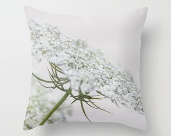 Queen Anne's Lace, Botanical Pillow Cover, Wildflower, Botanical Home Decor, White, Floral Pillow Cover