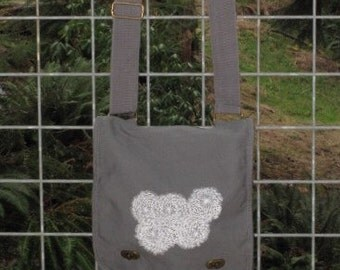 Crisannthemum Messenger Bag