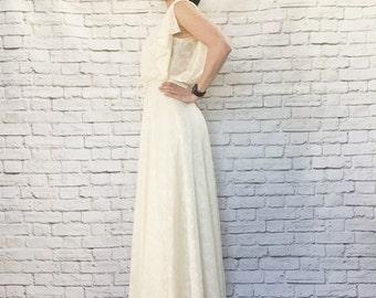 Vintage 70s Sheer Floral Maxi Dress Cream Slit Flutter Sleeves Belted Wedding Bride XS
