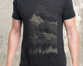 Men's Geometric Mountain Range T-Shirt - Screen Printed Men's Tri-Blend T-Shirt - American Apparel
