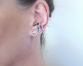 Sterling silver suspender earring, Ear suspender for her, Oxidized silver suspender earring