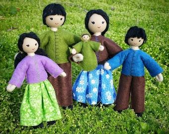 Asian Dollhouse Family - Asian Doll - Dollhouse Dolls - Waldorf Dollhouse - Bendy Doll - Wool Felt - Dollhouse People