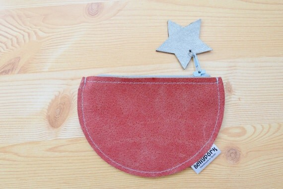 Coin purse,leather coin purse,circle coin purse,stars coin purse,stars purse,red wallet,leather wallet,red coin purse,womens coin purse